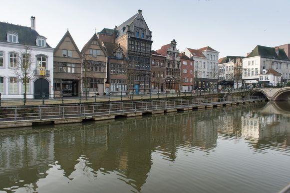 De Zalm wordt eind 2015 gerestaureerd.