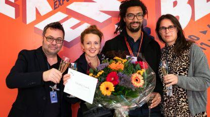 Jente Hendrickx is 100.000ste bezoeker Boekenbeurs