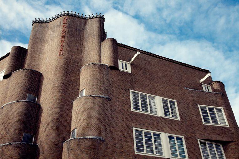 Gebouw De Dageraad in de Amsterdamse Spaarndammerbuurt.  Beeld Foto Museum Het Schip