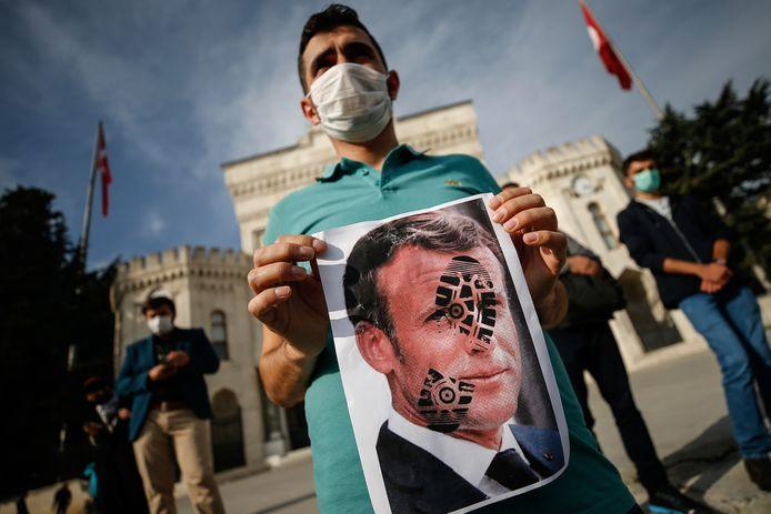 Manifestation anti-françaises à Istanbul