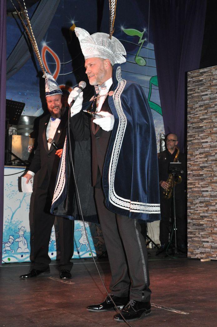 De nieuwe prins van Elst: Rien le Chanteur