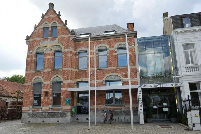 Illustratiebeeld van het Administratief Centrum in Londerzeel.