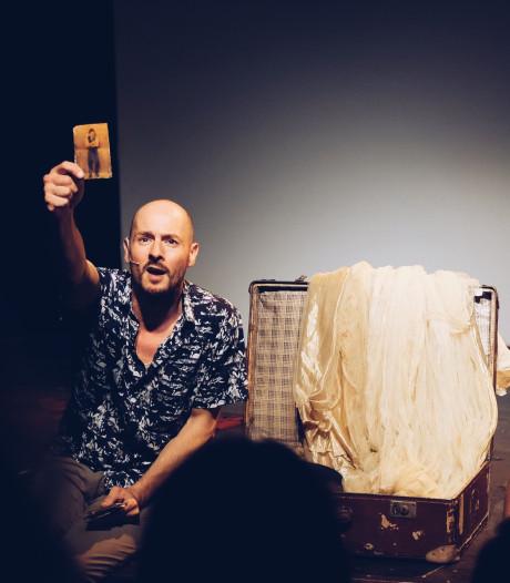 Opa's oude circuskoffer als inspiratiebron voor theater