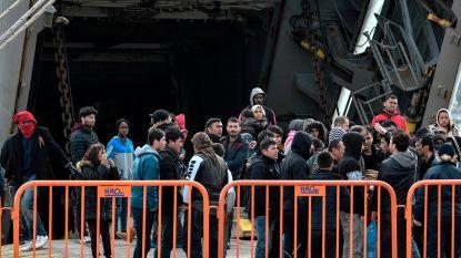 Migranten op Griekse eilanden krijgen 2.000 euro bij vrijwillige terugkeer