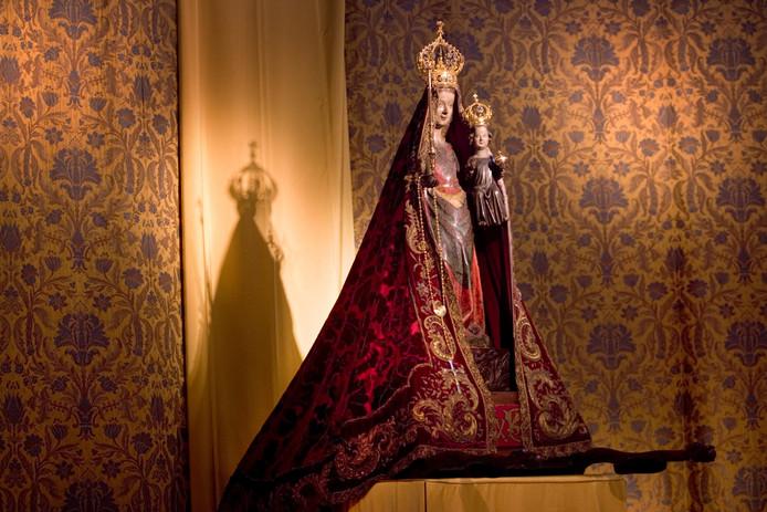 Zoete Lieve Vrouw na 165 jaar weg uit Bossche Sint-Jan   Den Bosch ...