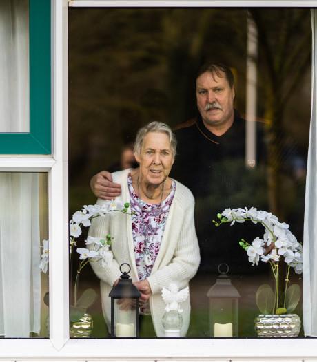 Alie (81) uit Dieren durft na brute overval niet alleen te wonen: 'Ze is doodsbang'