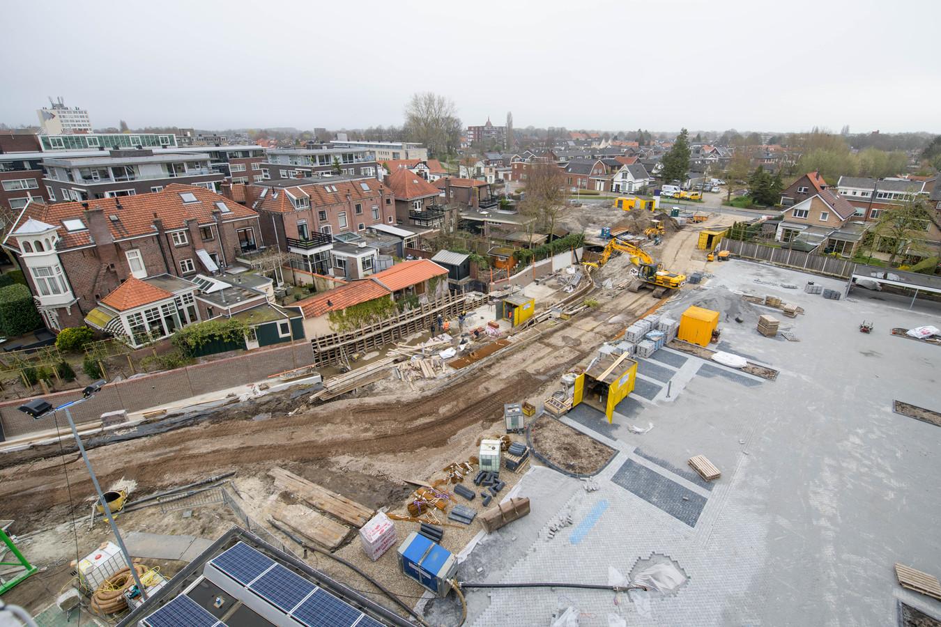Zo is aardig te zien hoe de Elsbeek straks door Hengelo meandert.