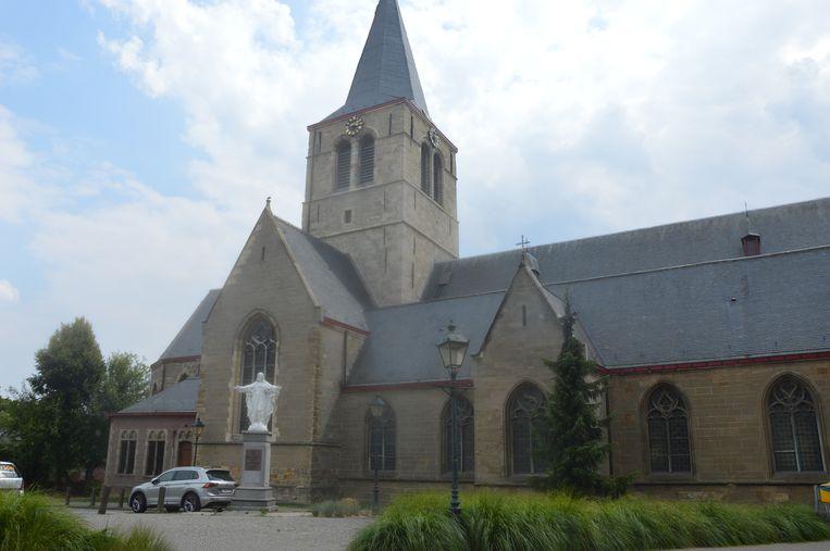 De Sint-Amanduskerk van Denderhoutem.
