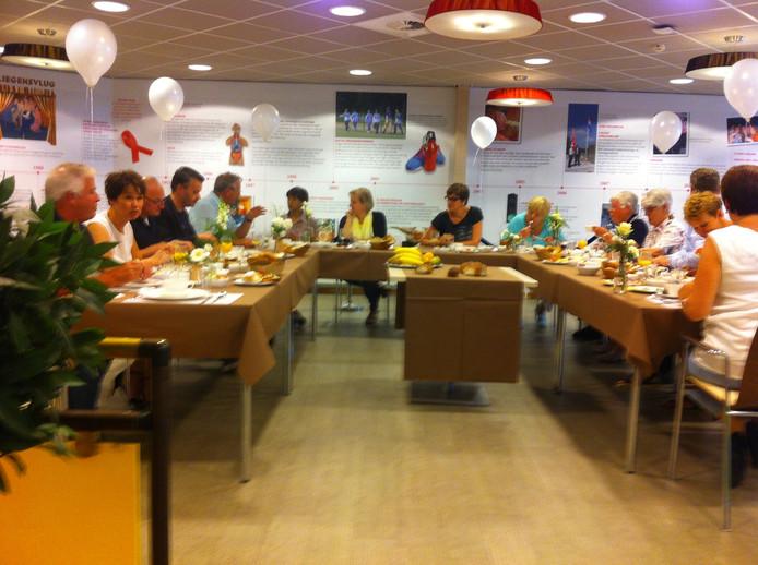 Het jubileum van de Hazelaar werd afgetrapt met een feestelijke lunch.