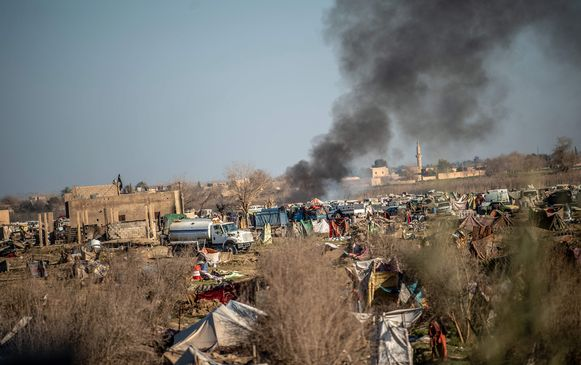 Rook boven het Syrische Baghuz.