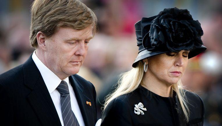 Koning Willem-Alexander en koningin Maxima op de Dam tijdens de nationale dodenherdenking 2013 Beeld ANP