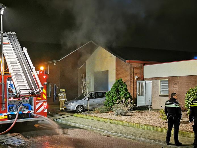 Er kwam veel rook vrij bij de brand in de de loods in Didam.
