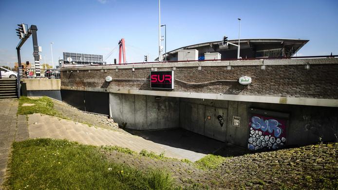 Poppodium Waterfront aan de Rotterdamse Boompjes, waar vader en zoon K. tussen 2010 en 2015 de scepter zwaaiden.