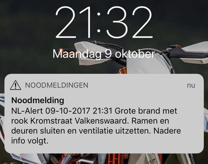 Om 21.30 uur werd een NL-Alert verstuurd naar omwonenden.