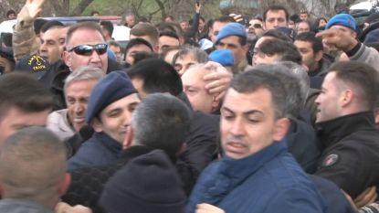 Turkse oppositieleider aangevallen tijdens begrafenis