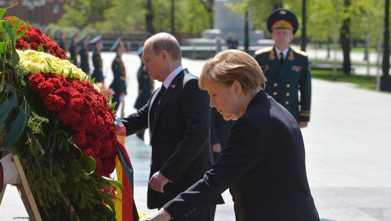 Poetin en Merkel vandaag in Moskou. Beeld epa