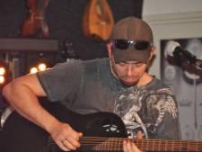 Present Danger verzorgt intiem akoestisch concert in Kaatsheuvel