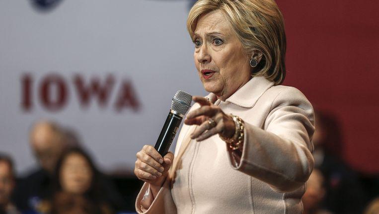 Hillary Clinton voert campagne in Iowa. Beeld null