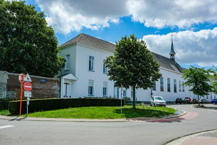 Het Ursulinenklooster in Melsbroek moet wijken voor de uitbreiding van het MS Center.
