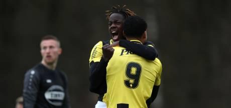 Jong Vitesse na eenvoudige zege op FC Lienden voorbij Jong Sparta