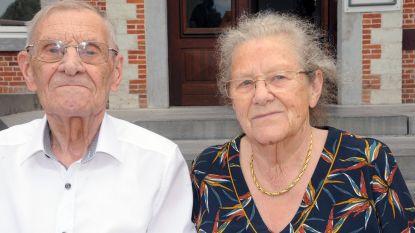 Roger en Cecile vieren hun diamanten huwelijk