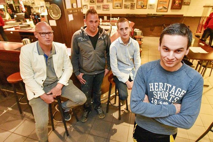 Dankzij (achtergrond) Danny van Schijndel, Michel Timmermans en Gijs Voskamp leeft Yessie van den Sanden nog.