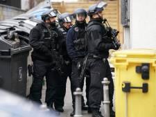 Razzia bij 'rechtse terreurcel' Duitsland: twaalf arrestaties, één verdachte werkt bij politie