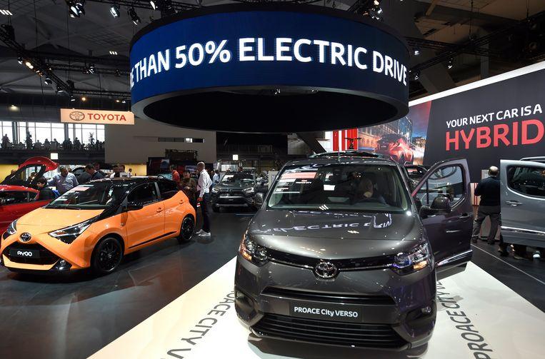 De beste score gaat naar het Japanse merk Lexus, gevolgd door het Duitse Porsche en het Japanse Toyota.