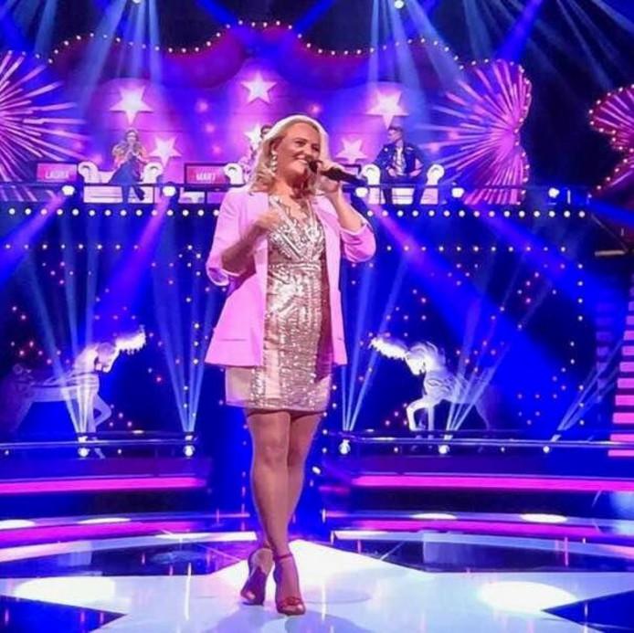 Rox van Driel tijdens het tv-programma Topper Gezocht!
