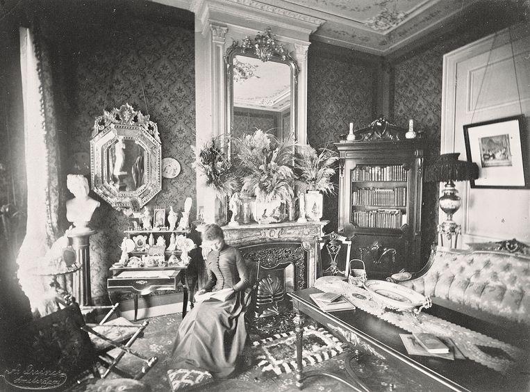 De kamer van Marie Katz-Geesink in Keizersgracht 630, op een foto uit de jaren 1880 van Albert Greiner.  Beeld Stadsarchief