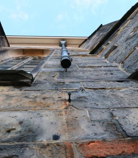 Koperen regenpijpen gestolen van kerk op Oude Markt in Enschede