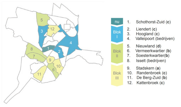 Amersfoort gaat gefaseerd en in drie blokken aan de slag met het maken van wijkwarmteplannen. Voor de witte vlekken op de kaart, moet nog naar een oplossing worden gezocht.