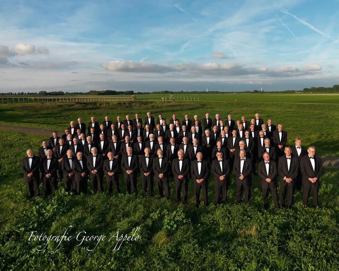 Het Christelijk Mannenkoor Emmeloord geeft een concert met gemengd koor Once More als afsluiting van haar repetitieseizoen.