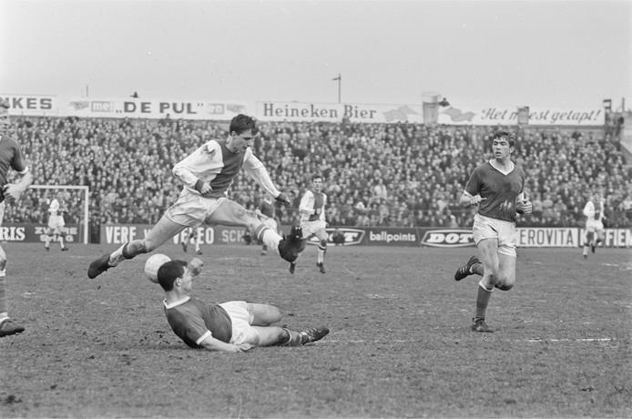 Johan Cruijff maakte de meeste eredivisiegoals voor Ajax.