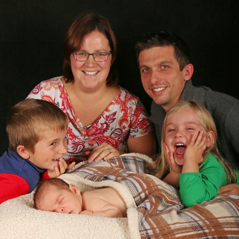 Mama Annemie, papa Ben, Tuur, zus Fien en kleine broertje Ties.