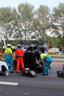 A15 is weer vrij na ongeluk met meerdere auto's bij Noordtunnel