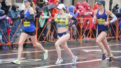 Totaal onbekende verpleegster snelt professionele hardlopers voorbij en wordt tweede in loodzware Boston marathon