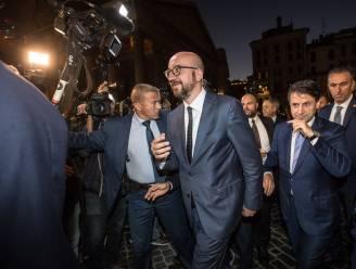 """Europees president Charles Michel krijgt serieus gevolg rond zich: """"Bodyguards mee bij elke sanitaire stop"""""""