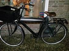 Met een gestolen fiets op de fiets: politie zoekt eigenaar