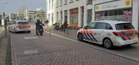 Gewonde bij steekpartij tijdens beroving Burgemeester Coenenpark in Roosendaal