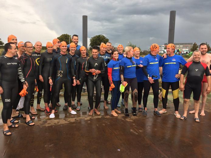 Alle deelnemers van Zwem voor MIJ