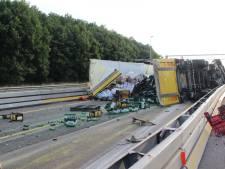 Snelweg A1 was vrij na ravage door gekantelde vrachtwagen bij Lochem, toen ging het weer mis...