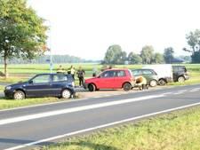 Kettingbotsing in ochtendspits op N348: vijf auto's op elkaar