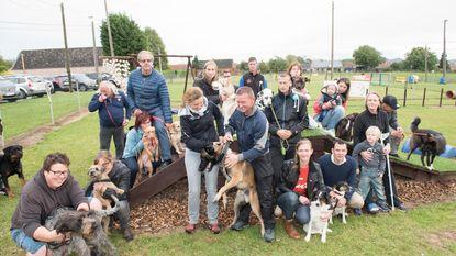 Hondenschool houdt lesmarathon