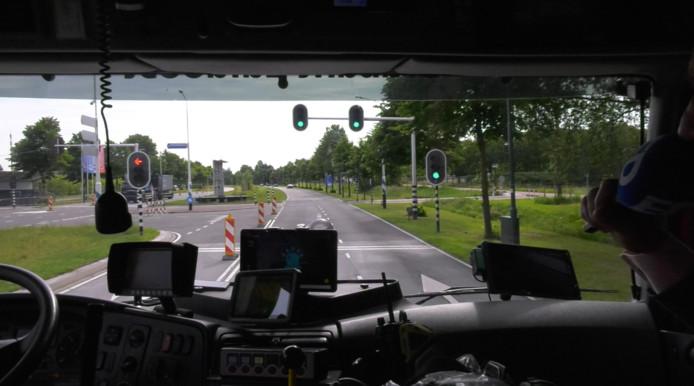 In Helmond loopt een test met een nieuw voorrangssysteem voor hulpdiensten.