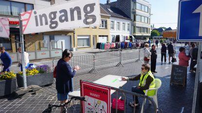 """Met vast parcours en nadars, maar het was aangenaam winkelen op de maandagmarkt in Gistel: """"Marktkramers krijgen nu meer visibiliteit"""""""