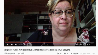 """Jo Baeyens leert jongeren Lonnesiels """"Het was een ludiek idee, ons dialect mag niet verloren gaan"""""""