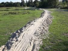 Waarom er ineens een honderden meters lange strook zand langs Regge ligt