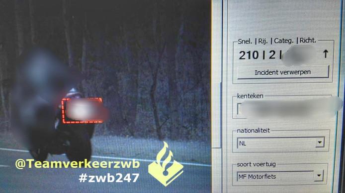 De motorrijder die met 210 kilometer per uur over de N269 bij Hilarenbeek reed.