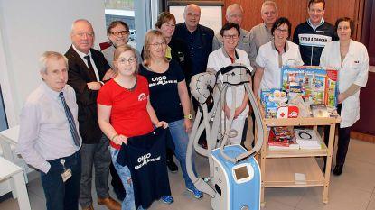 Ziekenhuis krijgt ijskap en speelkoffers